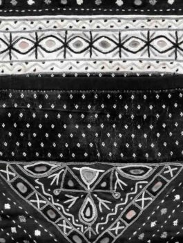 Black & White Wall Pocket Holder