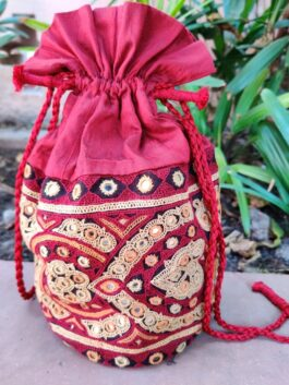 Embroidered Pot...